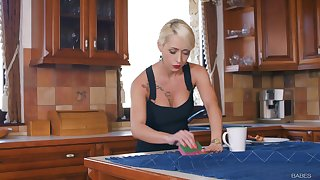 Double blowjob by Gina Gersona and Christina Girder leads to a 3-way