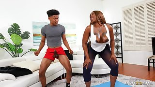 Insolent ebony mom wants the personal trainer's young dick in her fat pest