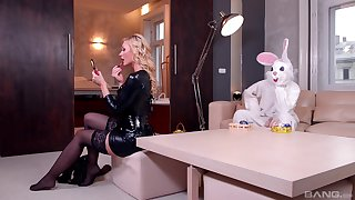 Blonde in a black lingerie, insane bedroom XXX with a bunny enjoyment from boy