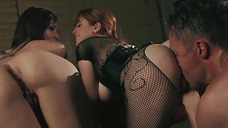 Aroused sluts share same alms-man for intimate fetish